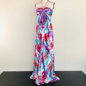 Laundry by Shelli Segal Print Halter Gown